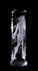 Vaas aktiga, 49 x 16,5 cm, 1982